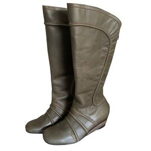 Fly London Green Leather Boots - Women's Size 38